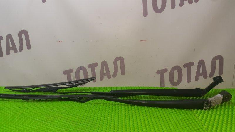 Держатель дворника Toyota Ractis NCP105 1NZFE 2007 (б/у)