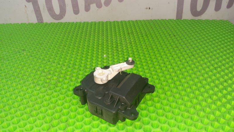 Сервопривод заслонок печки Toyota Ractis NCP105 1NZFE 2007 (б/у)