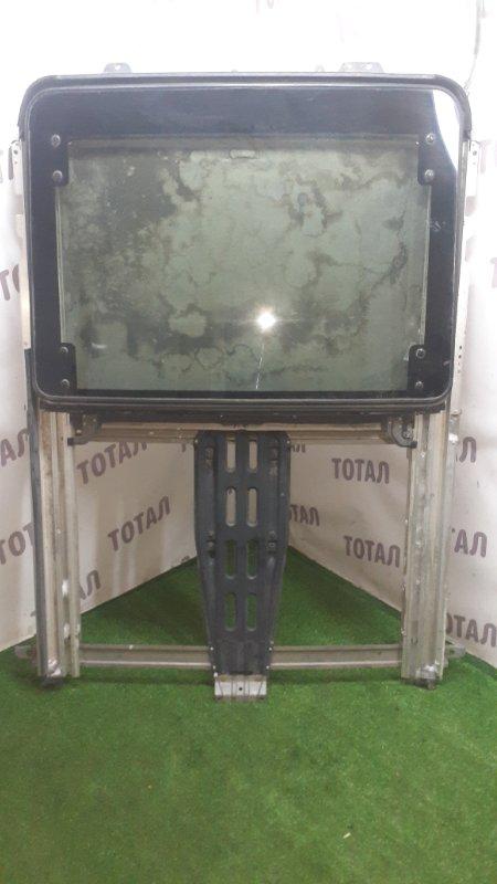 Люк Toyota Grand Hiace VCH16 5VZFE (б/у)