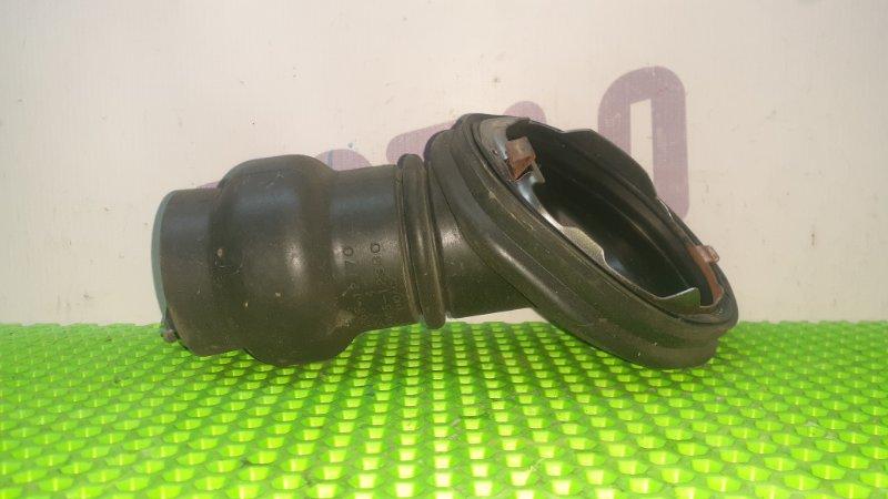 Пыльник рулевой колонки Toyota Mark X Zio GGA10 2GRFE 2008 (б/у)
