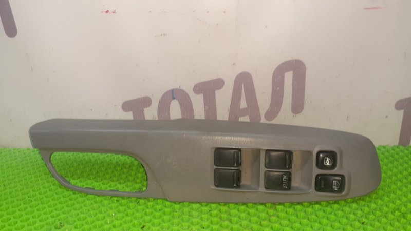 Блок упр. стеклоподьемниками Nissan Serena VNC24 YD25DDTI 2001 передний правый (б/у)