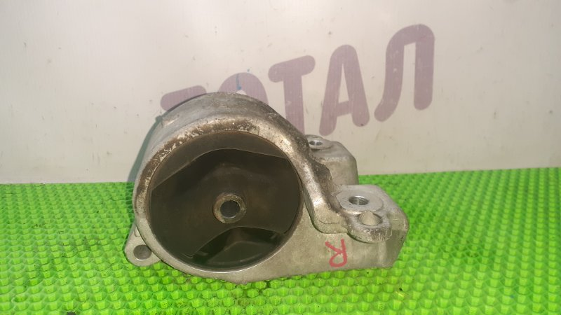 Подушка двигателя Nissan Serena VC24 YD25DDTI 2001 правая (б/у)
