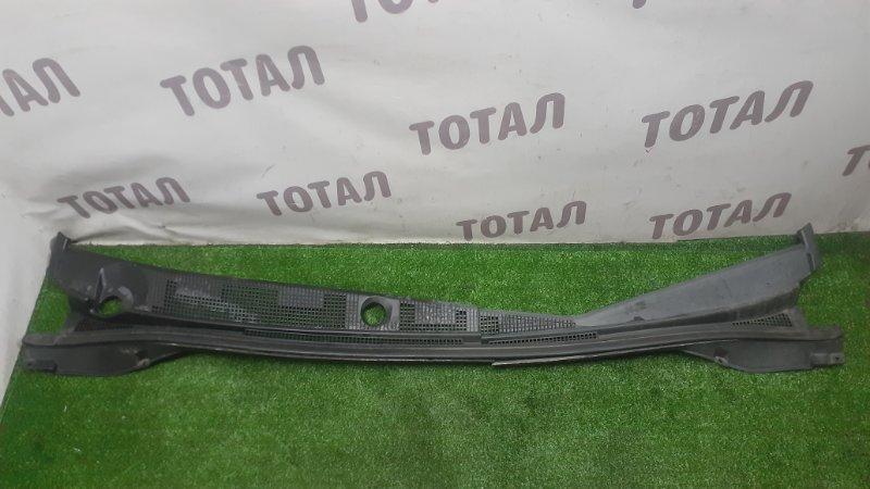Решетка под лобовое стекло Mitsubishi Lancer Cedia CS5W 4G93 2002 (б/у)