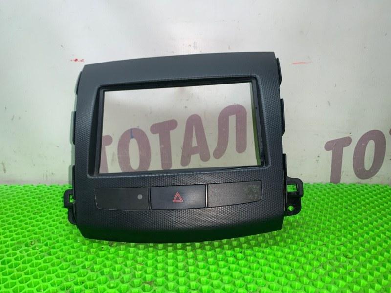 Консоль магнитофона Mitsubishi Outlander CW6W 6B31 2007 (б/у)