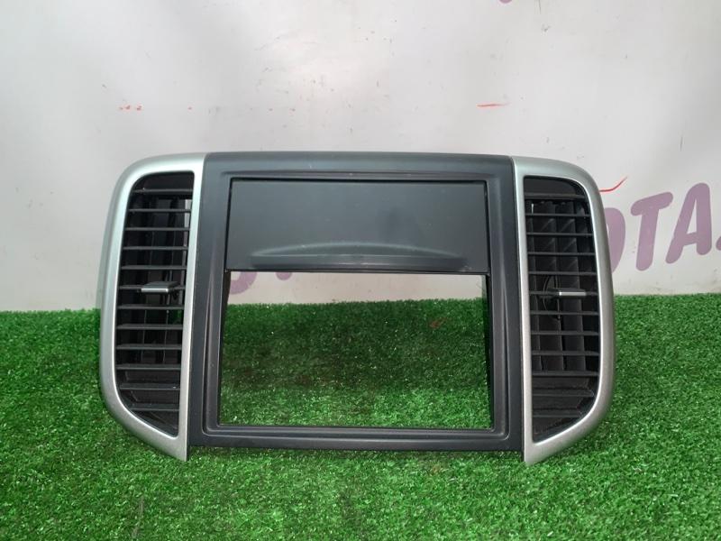 Консоль магнитофона Nissan Wingroad NY12 HR15DE 2007 (б/у)