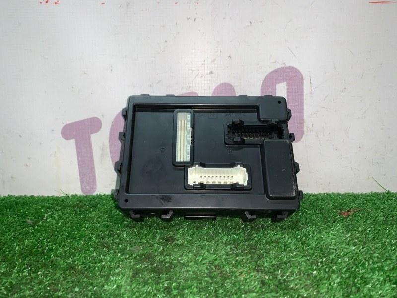 Блок предохранителей Nissan Wingroad NY12 HR15DE 2007 (б/у)