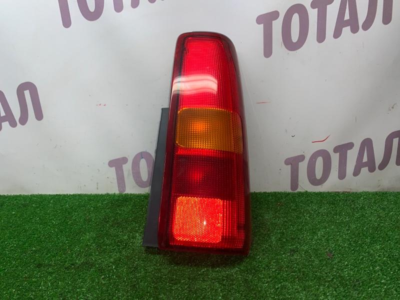 Стоп-сигнал Suzuki Jimny JB23W K6A 2000 задний правый (б/у)