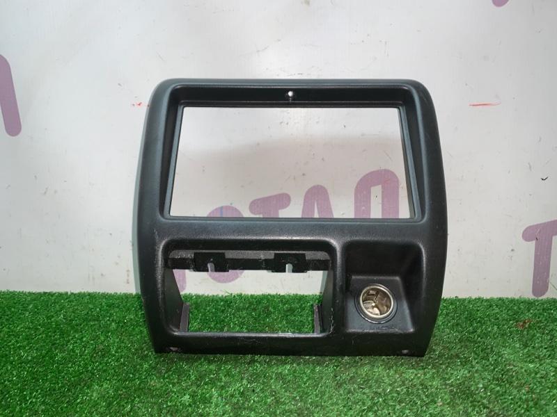 Консоль магнитофона Suzuki Jimny JB23W K6A 2000 (б/у)