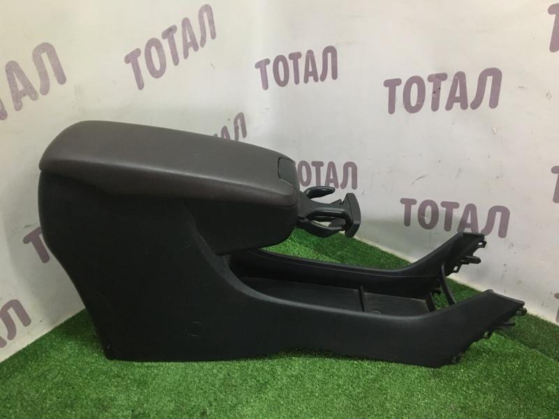 Бардачок между сиденьями Toyota Mark X Zio GGA10 2GRFE 2008 передний (б/у)