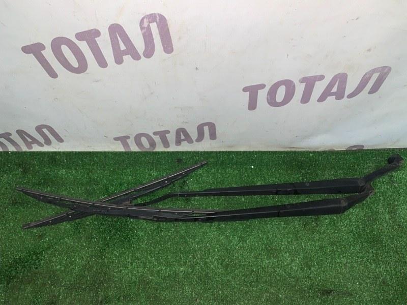 Держатель дворника Toyota Corolla Spacio AE115 7AFE 2000 (б/у)
