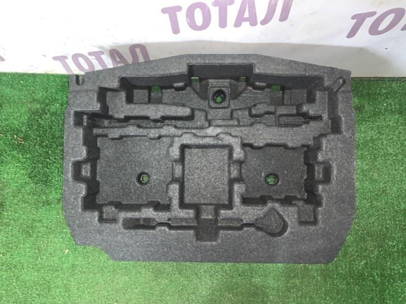 Обшивка багажника Mitsubishi Colt Z22A 4A90 2010 нижняя (б/у)