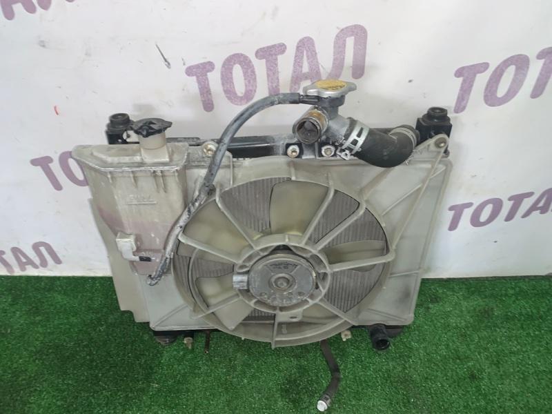 Радиатор двс Toyota Sienta NCP85 1NZFE 2004 (б/у)