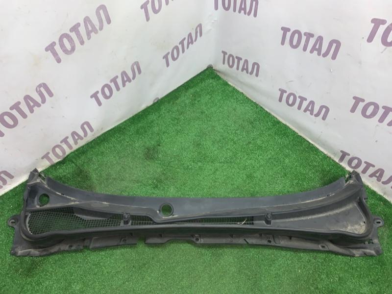 Решетка под лобовое стекло Subaru Forester SH5 EJ205 2008 (б/у)