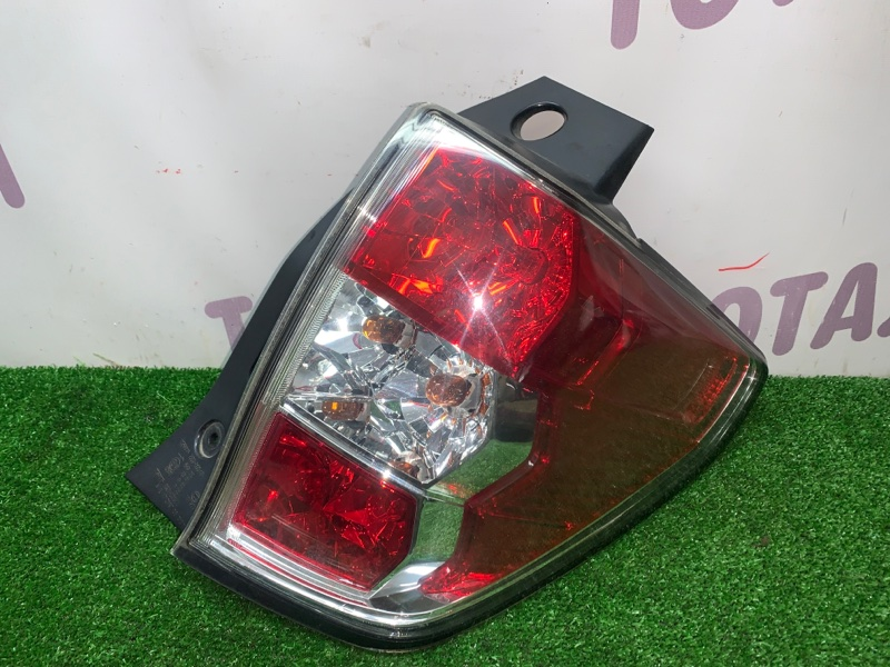 Стоп-сигнал Subaru Forester SH5 EJ205 2008 задний правый (б/у)
