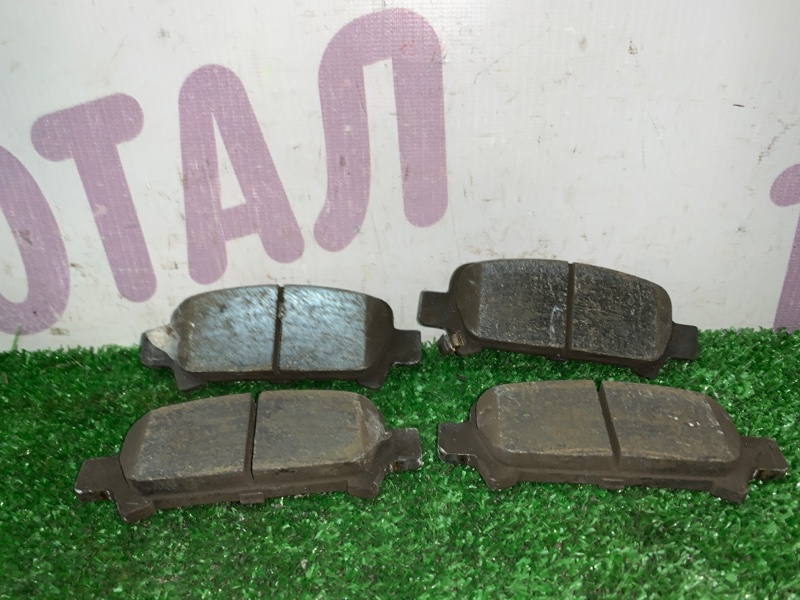 Тормозные колодки Subaru Forester SG5 EJ205 2002 заднее (б/у)