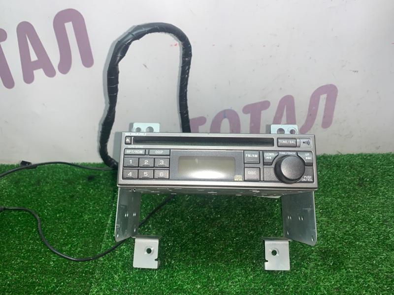 Магнитофон Subaru Forester SG5 EJ205 2002 (б/у)