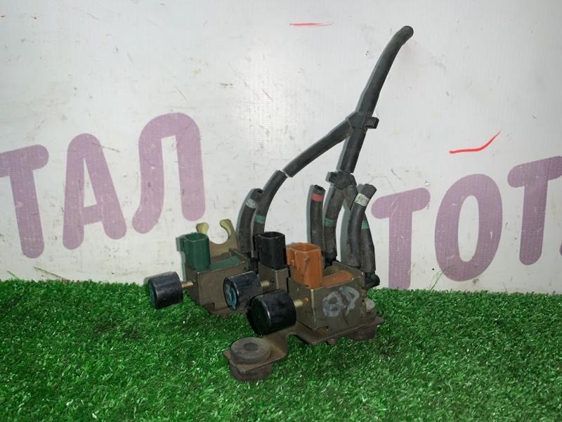Клапан вакуумного усилителя тормозов Nissan Elgrand AVWE50 QD32TI (б/у)
