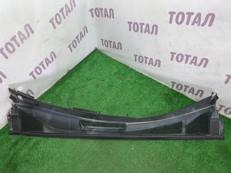 Решетка под лобовое стекло Toyota Harrier GSU36 2GRFE 2006 (б/у)