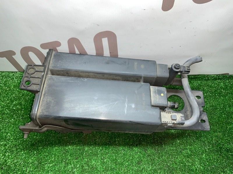 Фильтр паров топлива Infiniti Qx56 JA60 VK56DE 2005 (б/у)