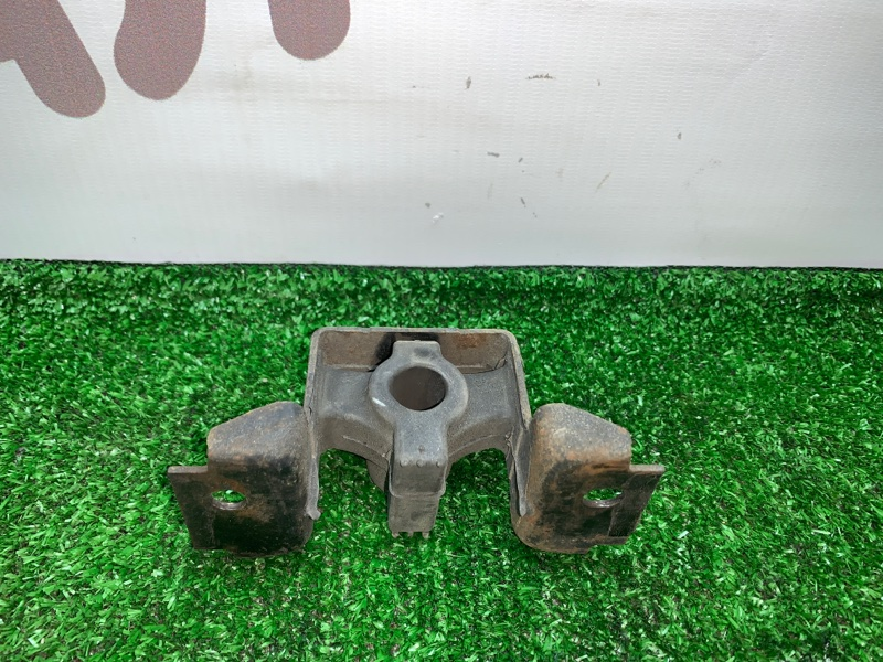 Подушка глушителя Infiniti Qx56 JA60 VK56DE 2005 (б/у)