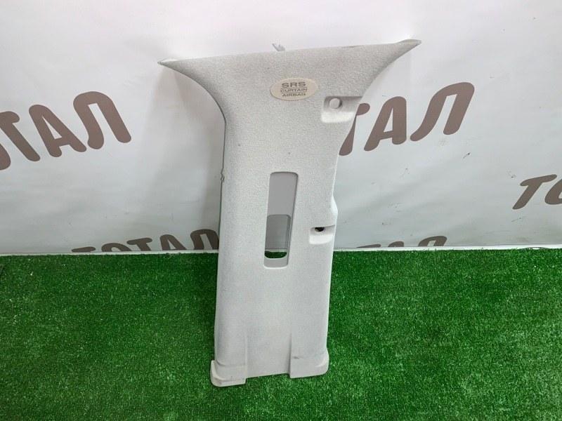 Накладка на стойку кузова Infiniti Infiniti Qx56 JA60 VK56DE 2005 задняя правая верхняя (б/у)