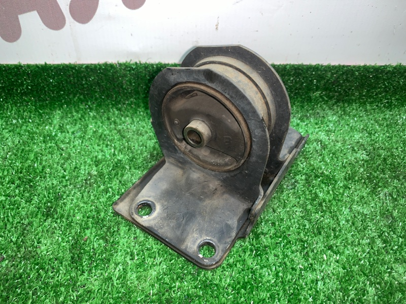 Подушка двигателя Mitsubishi Legnum EA1W 4G64 2000 задняя (б/у)