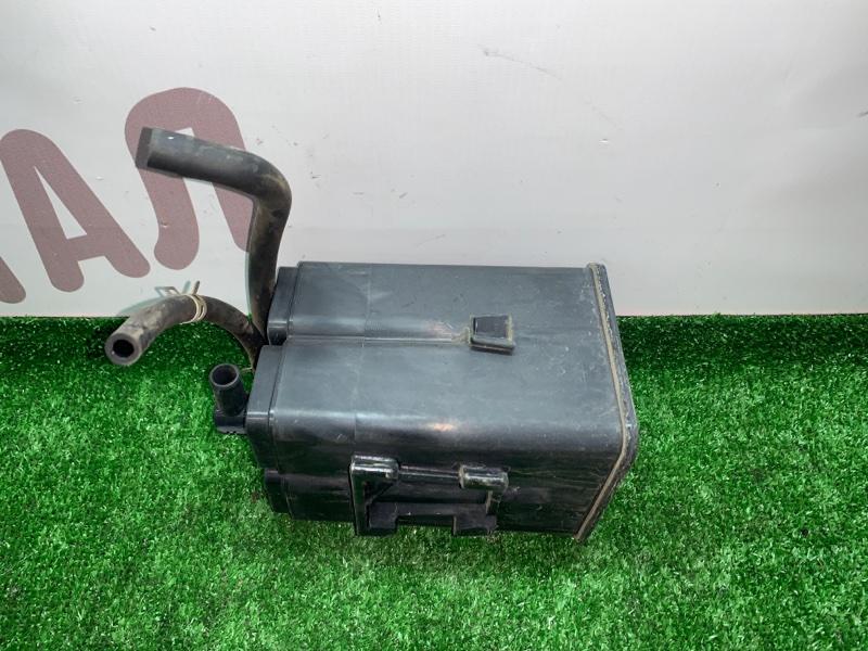 Фильтр паров топлива Mitsubishi Legnum EA7W 4G94 2000 (б/у)