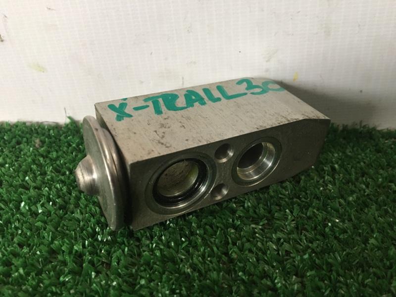 Клапан радиатора кондиционера Nissan X-Trail PNT30 SR20VET (б/у)