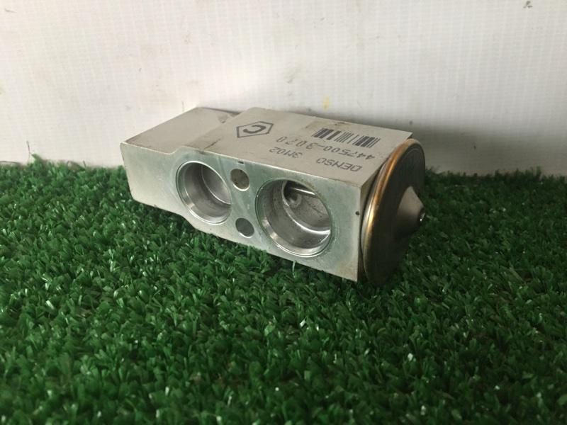 Клапан радиатора кондиционера Toyota Sai AZK10 2AZFXE 2010 (б/у)