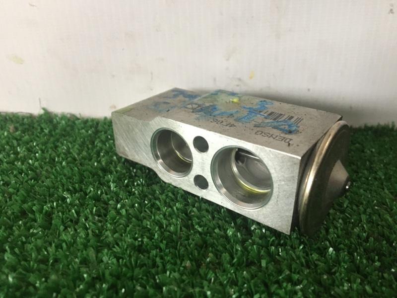 Клапан радиатора кондиционера Toyota Sienta NCP85 1NZFE 2004 (б/у)
