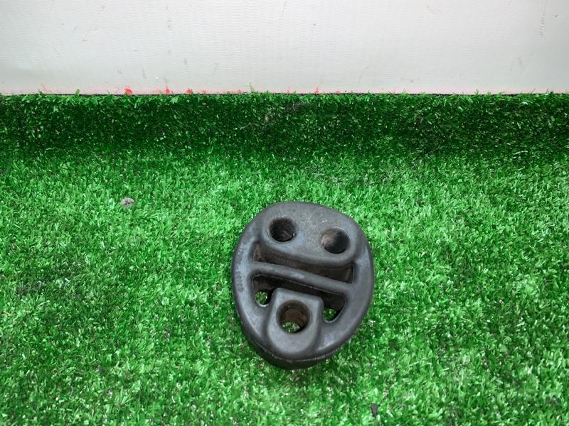 Подушка глушителя Toyota Noah AZR65G 1AZFSE 2004 (б/у)