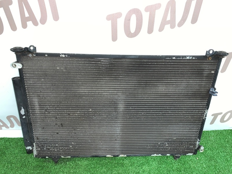 Радиатор кондиционера Toyota Noah AZR65G 1AZFSE 2004 (б/у)