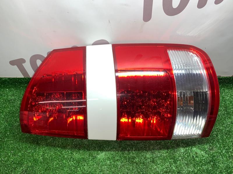 Стоп-сигнал Toyota Noah AZR65G 1AZFSE 2004 задний правый (б/у)