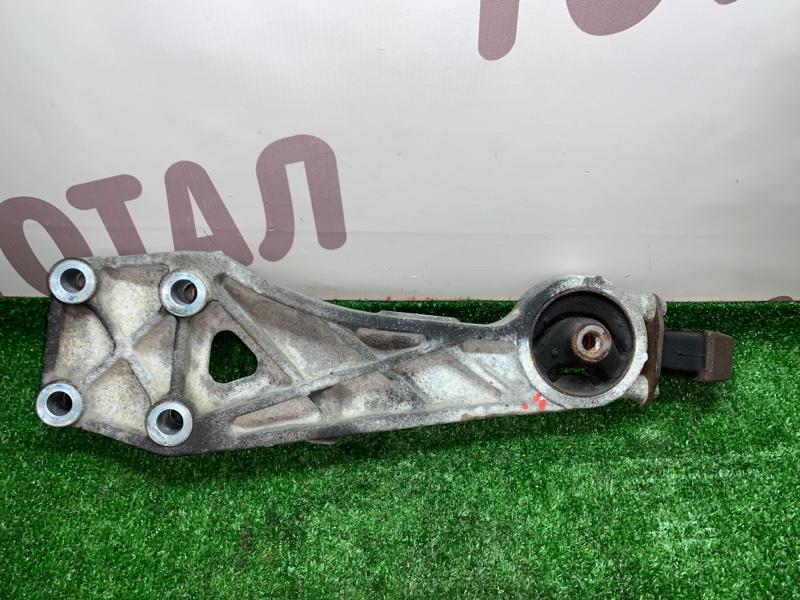 Крепление редуктора Toyota Noah AZR65G 1AZFSE 2004 заднее (б/у)