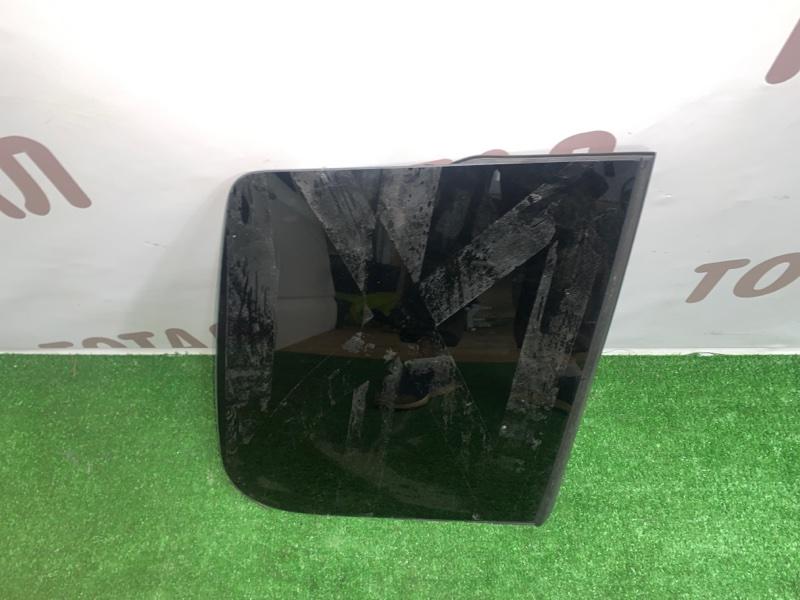 Стекло собачника Mitsubishi Pajero Io H76W 4G93 1999 заднее правое (б/у)