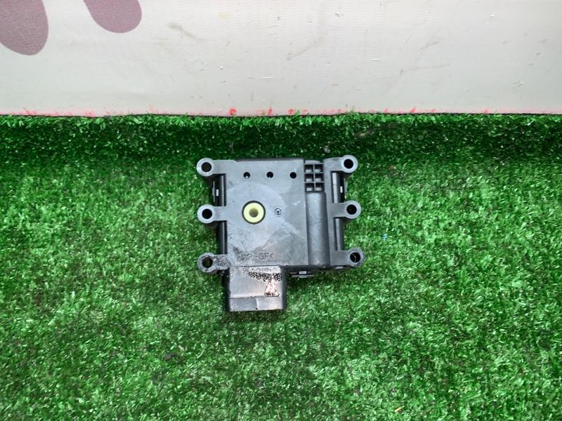 Сервопривод заслонок печки Mazda Axela BK3P L3VDT 2006 (б/у)