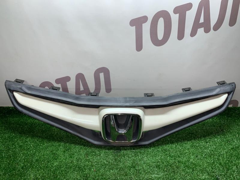 Решетка радиатора Honda Fit GE6 L13A 2008 (б/у)