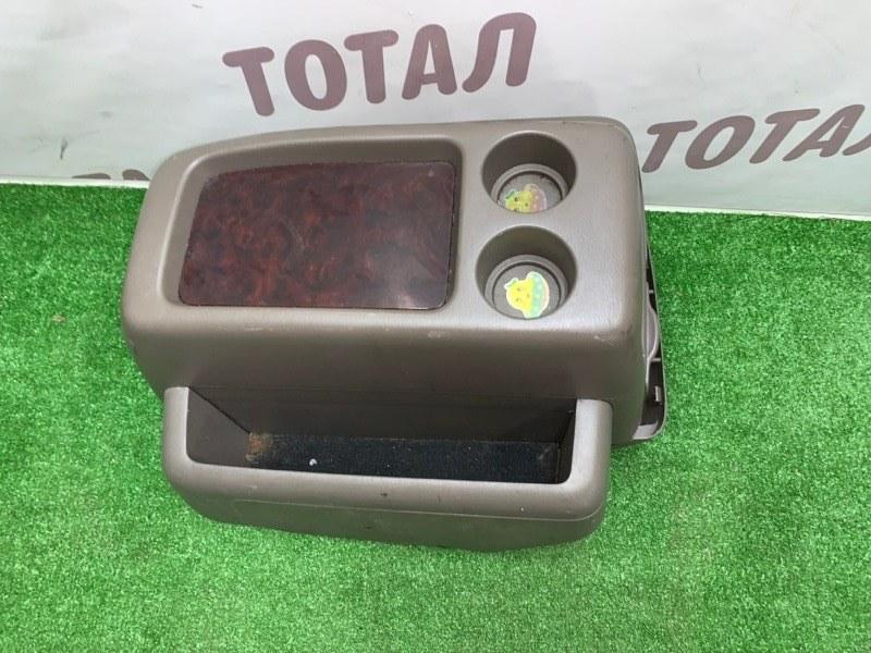 Бардачок между сиденьями Toyota Grand Hiace VCH16 5VZFE 2000 (б/у)