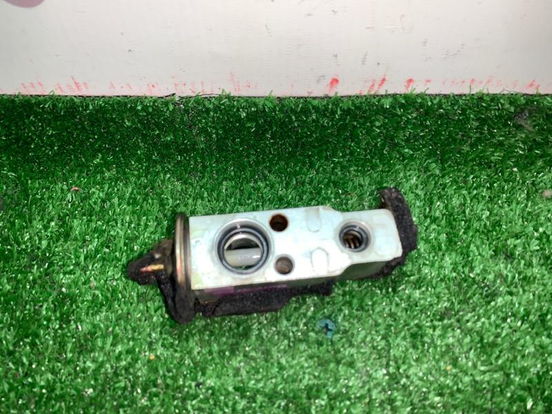 Клапан радиатора кондиционера Toyota Grand Hiace VCH16 5VZFE 2000 (б/у)