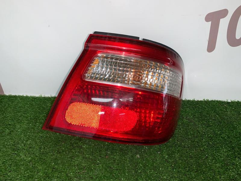 Стоп-сигнал Nissan Presage VNU30 YD25DDTI 1998 задний правый (б/у)