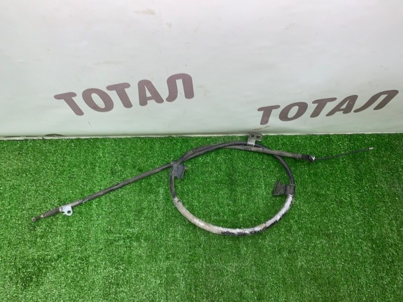 Трос ручника Nissan Presage VNU30 YD25DDTI 1998 правый (б/у)