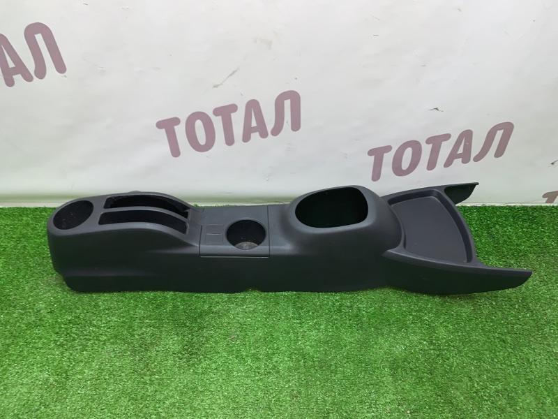 Бардачок между сиденьями Toyota Vitz NCP95 2NZFE 2006 (б/у)