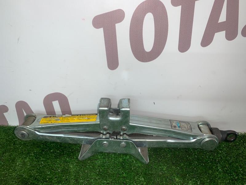 Домкрат Daihatsu Terios J100G HC-EJ 1997 (б/у)