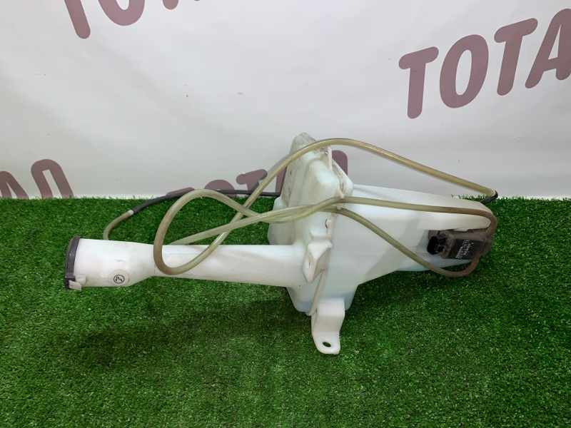 Бачок омывателя Toyota Gaia SXM15 3SFE 2002 (б/у)