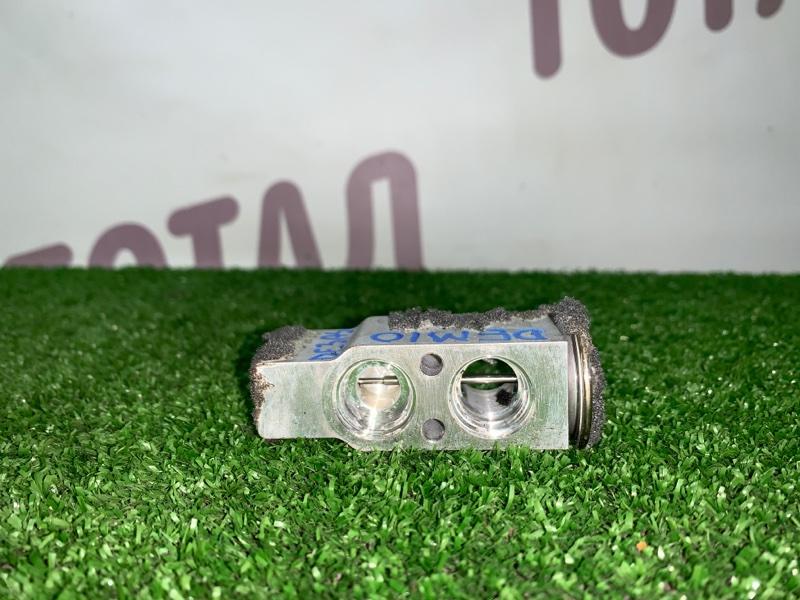 Клапан радиатора кондиционера Mazda Demio DE3AS ZJVE 2008 (б/у)