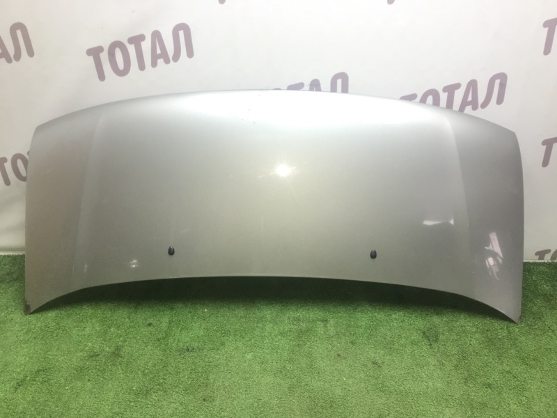 Капот Nissan Elgrand AVWE50 QD32ETI (б/у)