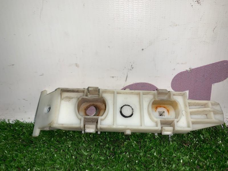 Крепление бампера Suzuki Escudo TDA4W J24B 2008 переднее правое (б/у)