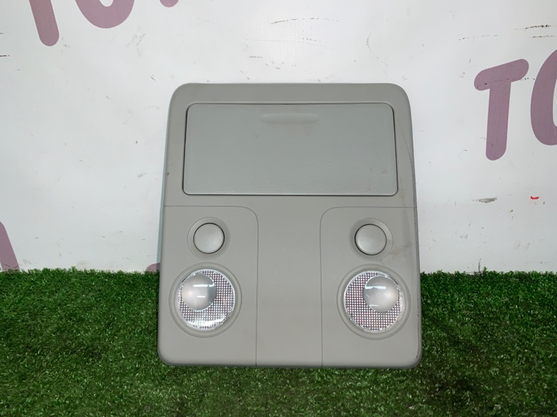 Лампа внутрисалонная Suzuki Escudo TDA4W J24B 2008 передняя (б/у)