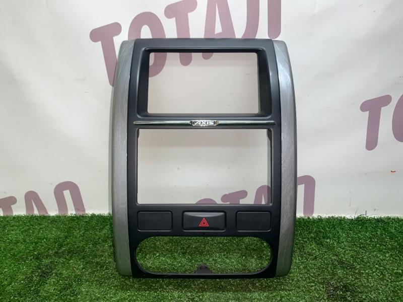 Консоль магнитофона Nissan X-Trail TNT31 QR25DE 2008 (б/у)