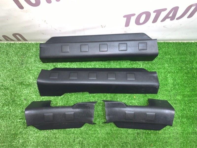 Накладка на порог Nissan X-Trail TNT31 QR25DE 2008 (б/у)